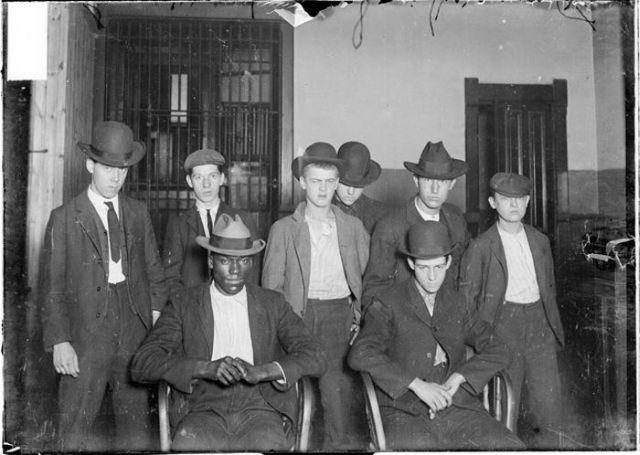 Chicago Criminals Between 1900 And 1919 Vintage Everyday