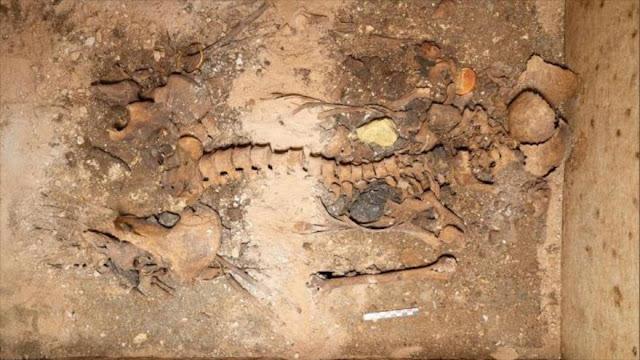 Hallan en Grecia tumba de noble con sus oros de hace 1800 años