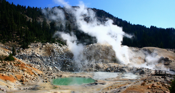 Lassen Volcanic National Park tourist attractions by the beautiful heated outdoor