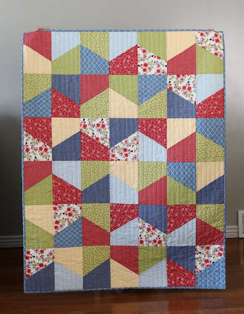 Lofty quilt pattern by Andy of A Bright Corner - crib size fat quarter quilt