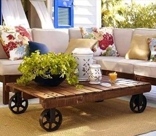 20 Amazing DIY Pallet Coffee Table
