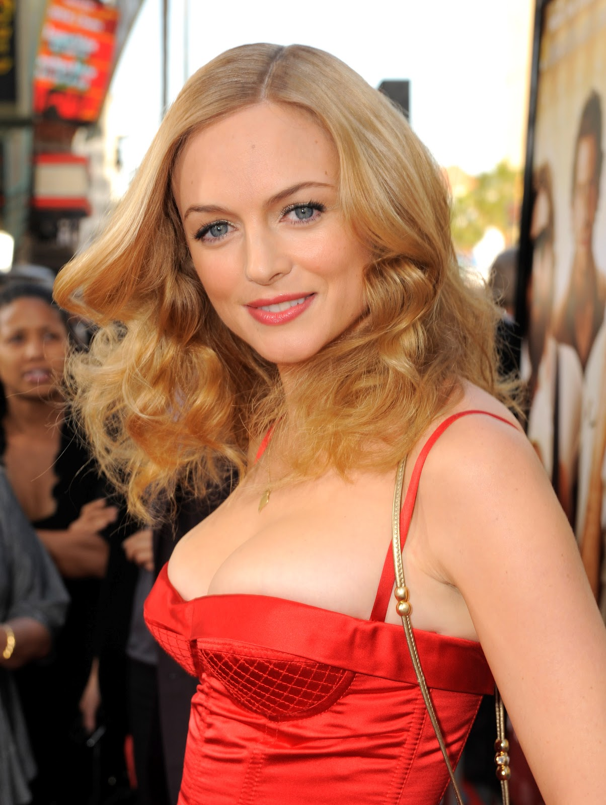 Hot Pic Heather Graham Volume 1 Cleavage-4182