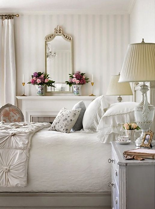 Lamb & Blonde: Elegant White Bedrooms