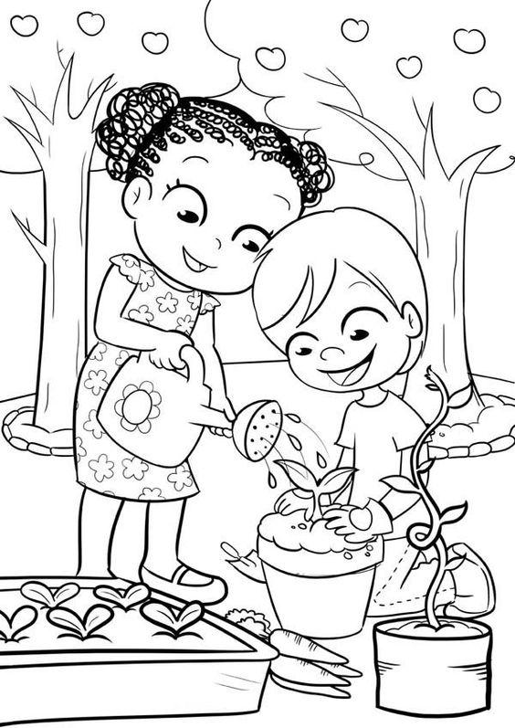 Tranh tô màu hai bạn đang tưới cây