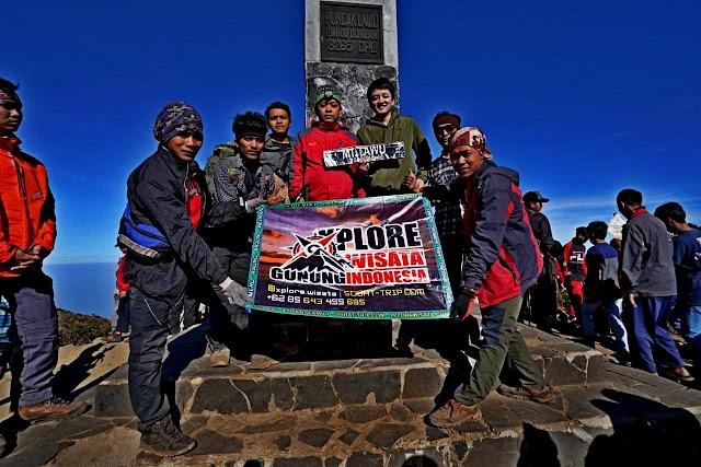 Paket Trekking Gunung Lawu