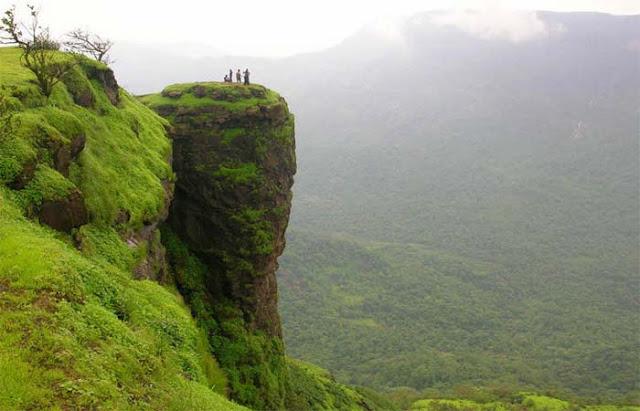 Places-To-Visit-Near-Mumbai-Matheran