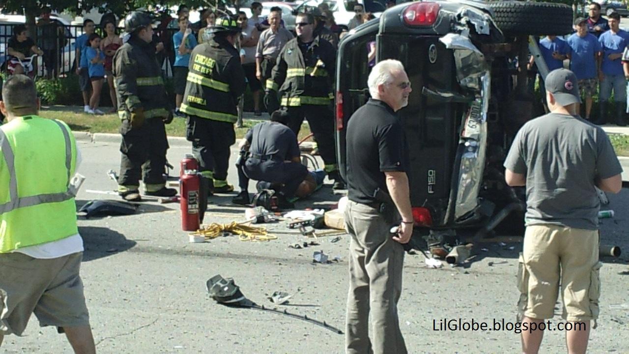 LilGlobe: Chicago Car Crash Foster And Nagle 7/14/11