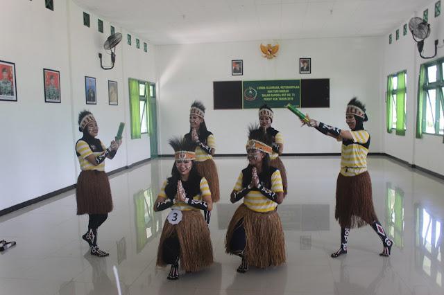 Lestarikan Budaya Daerah, Persit KCK Cabang XXXII Brigif 20 Gelar Lomba Tarian Khas Papua