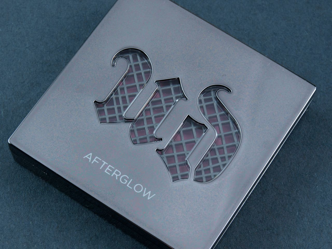 "Urban Decay Afterglow 8-Hour Powder Blush in ""Fetish"", ""Bang"" & ""Obsessed"": Review and Swatches"