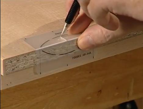 Video m dulo de cocina hecho con engalletadora portatil for Armado de muebles en mdf