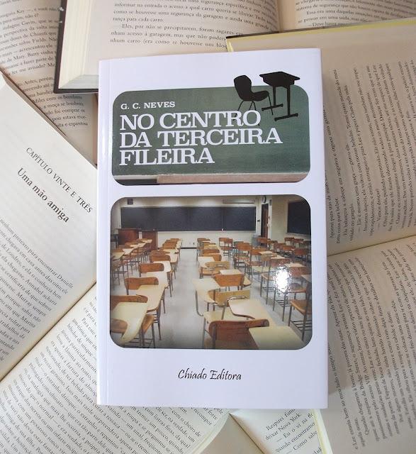 No Centro da Terceira Fileira - Livro