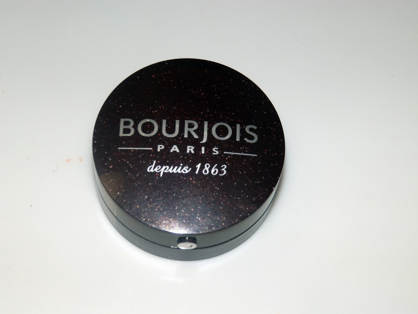 Bourjois Little Round Pot Eyeshadow No.13 Prune Pailettes Swatches