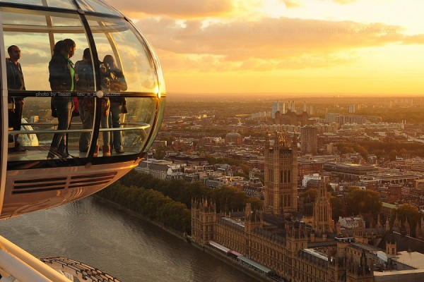 London Eye by Tasan Phatthong