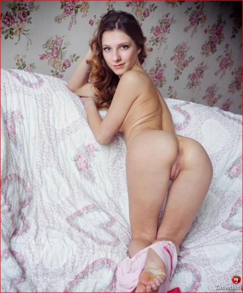 Лиза Арзамасова голая попка