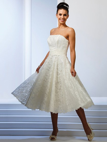 http://www.dressfashion.co.uk/product/tea-length-ivory-lace-ruffles-strapless-beautiful-wedding-dresses-ukm00022479-14552.html?utm_source=minipost&utm_  medium=1085&utm_campaign=blog