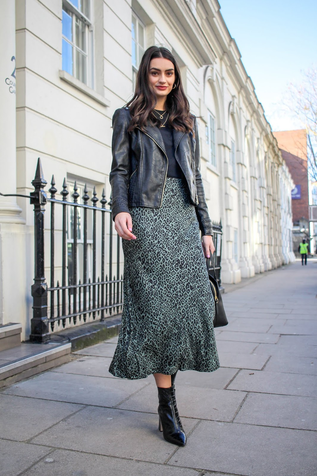 transitioning outfits from winter to spring peexo
