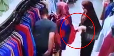 Astaghfirullah, Aksi Pencopetan Sangat Rapi Terekam CCTV