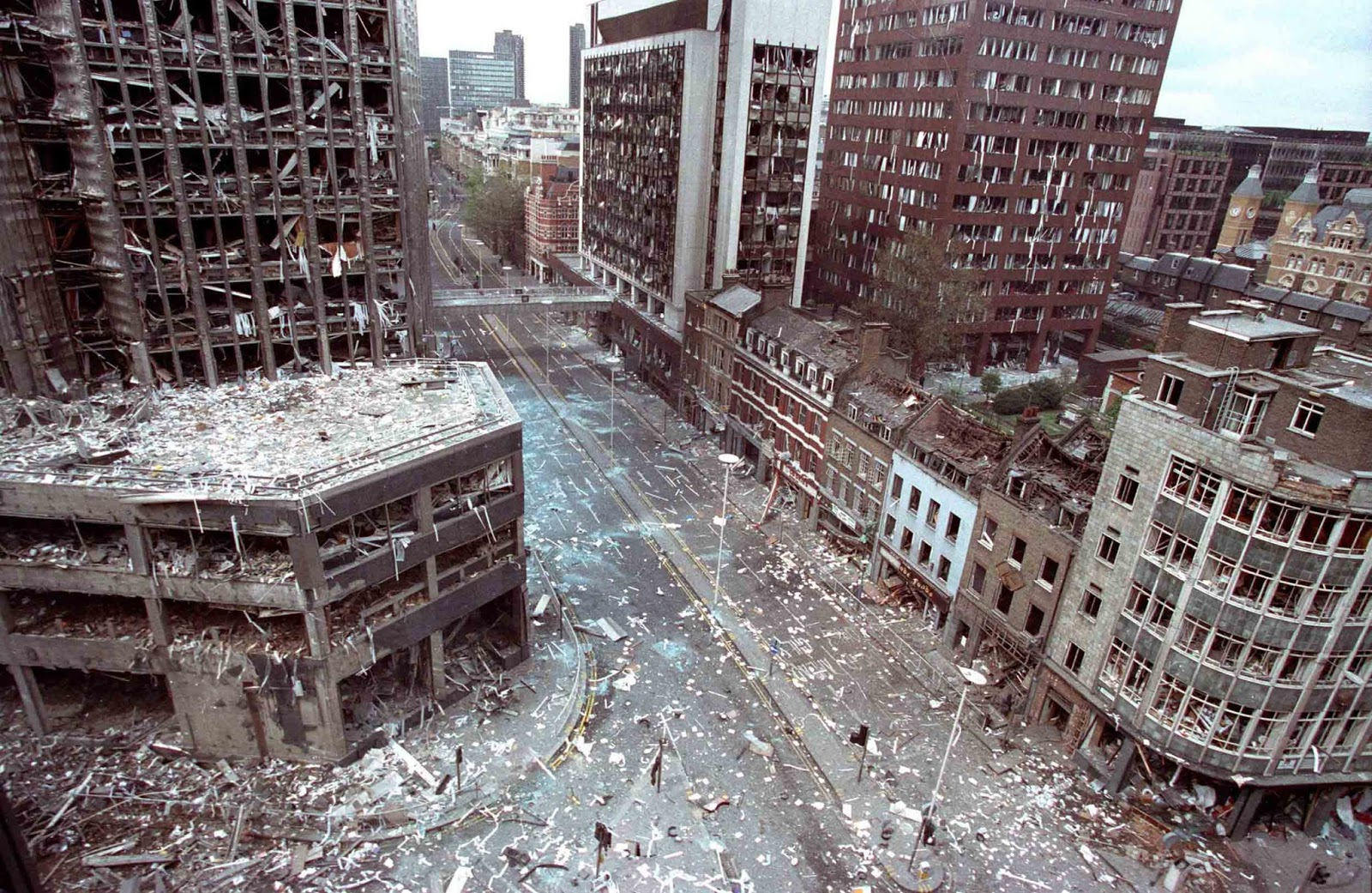 Wormwood Street in London after the IRA had detonated a truck bomb on 24 April, 1993.