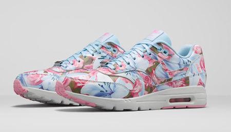 nike sneakers bloemenprint