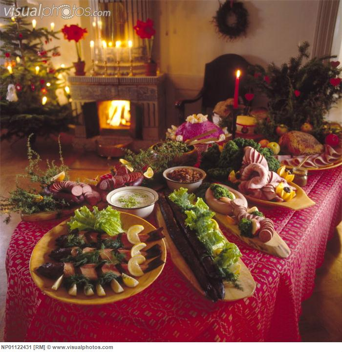 Food For Christmas Party: Aesthetic Requirements To Culinary Products Trimming