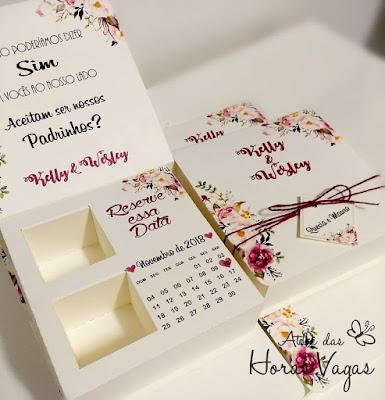 convite artesanal personalizado especial padrinhos casamento caixinha de bombom ferrero estampa floral aquarelada delicada rosê vermelho marsala