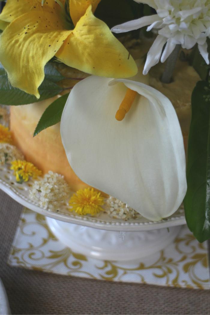 coconut-ombre-layer-cake, tarta-de-coco, tarta con flores, tarta-de-celebracion