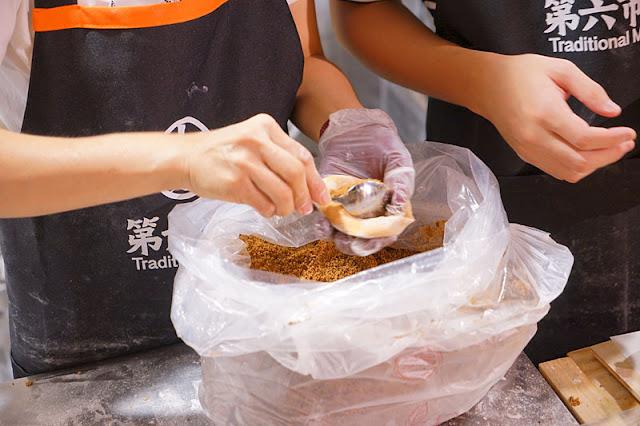 DSC04432 - 第六市場人氣商店│一開幕就爆滿的雙木林手作包子饅頭,18元肉包一掃而空要等50分鐘
