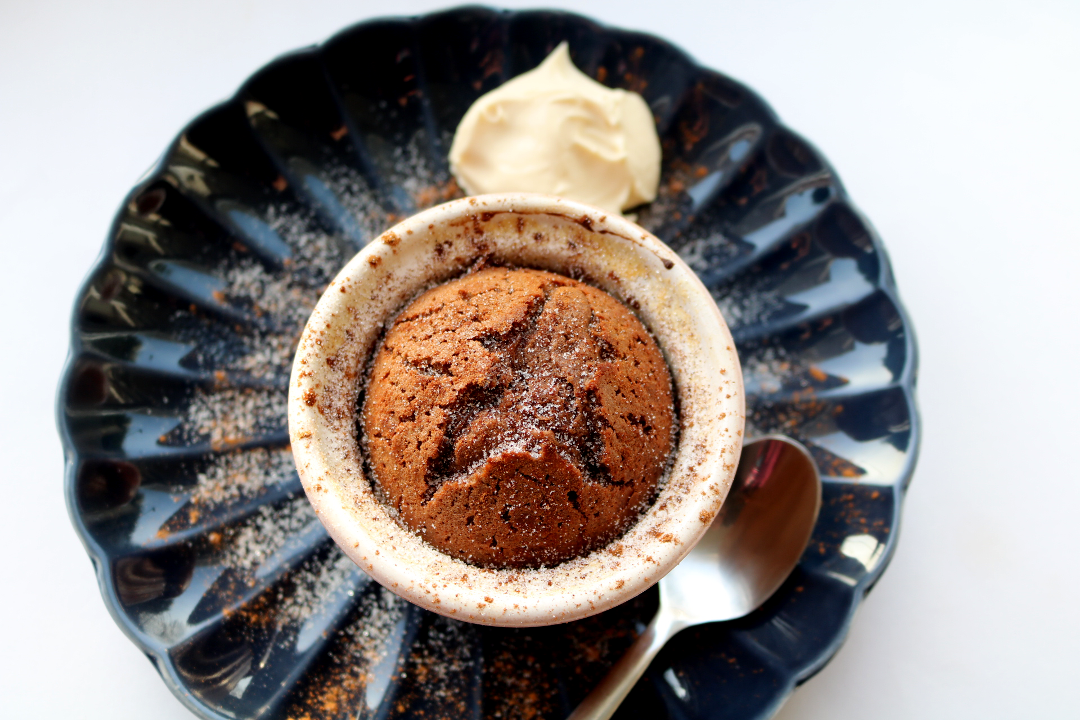 French Hot Chocolate Fondant / Melt In The Middle Cakes (Vegetarian recipe)