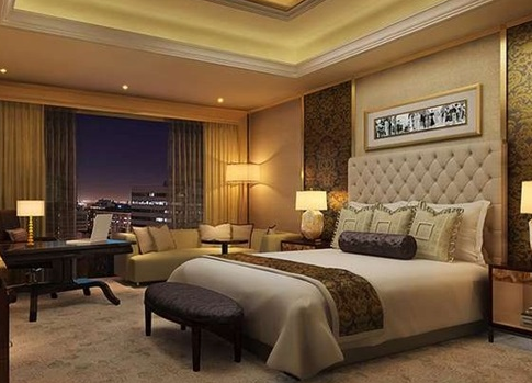 Hotel style design for an apartment bedroom