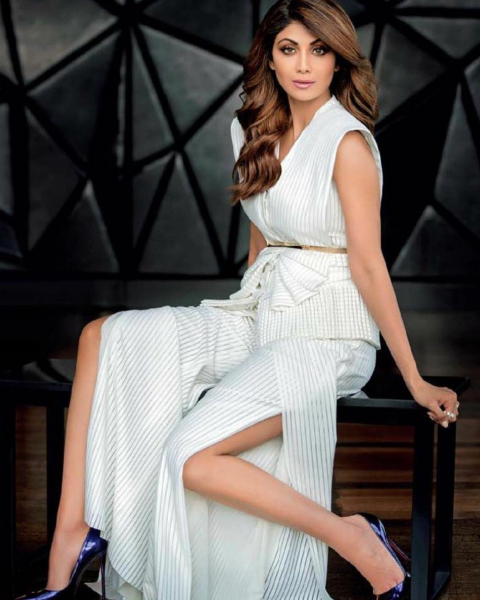 Shilpa Shetty Spicy Poses for Femina Magazine July 2017 Issue
