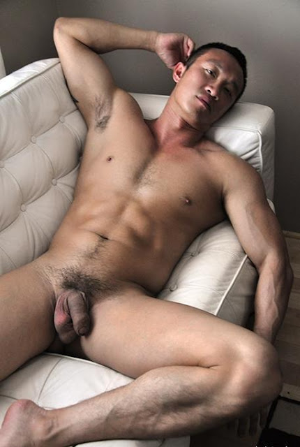 Hot gay boys hire blonde female bath assistant to enhance 4