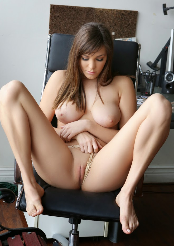 beautiful xxx virgin girl pussy