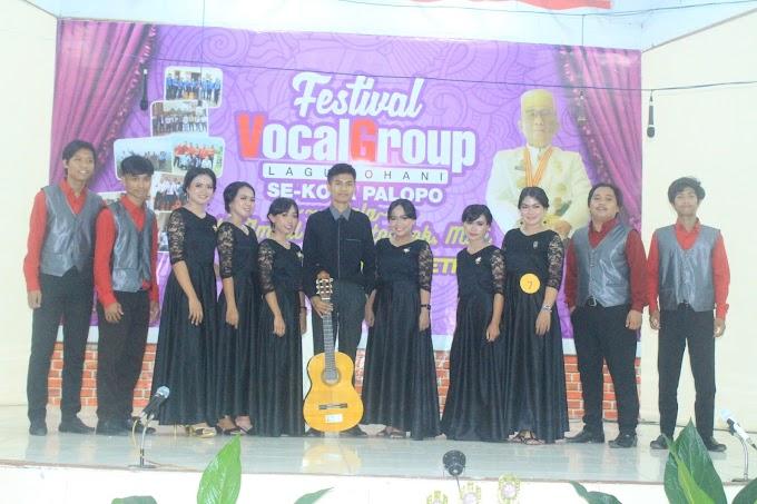 Vocal Grup Asal STAKN Toraja Berhasil Menjadi Juara 1 pada Festival Vocal Group Lagu Rohani di Palopo