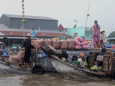 Sellers in der Cai Rang schwimmenden Markt