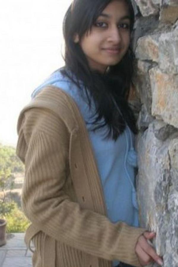 Kashmiri Seksi Fotografija
