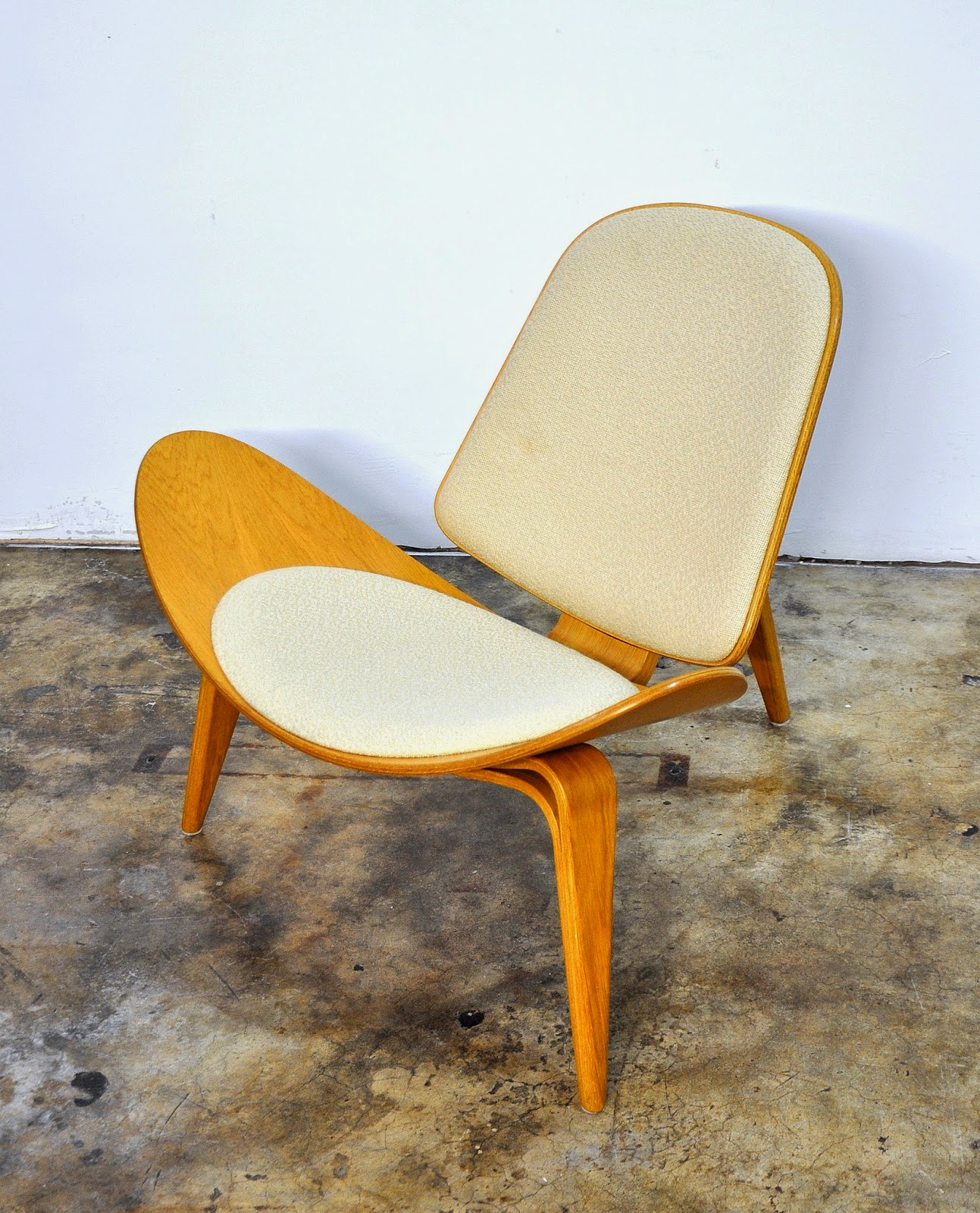 Select Modern Hans Wegner Ch07 Shell Lounge Chair