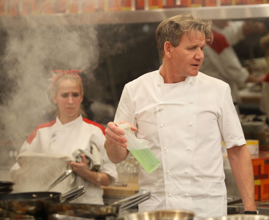 Hell's Kitchen - Season 12 Episode 08: 13 Chefs Compete