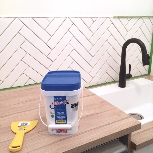 how-to-herringbone-tile-backsplash-harlow-and-thistle-9