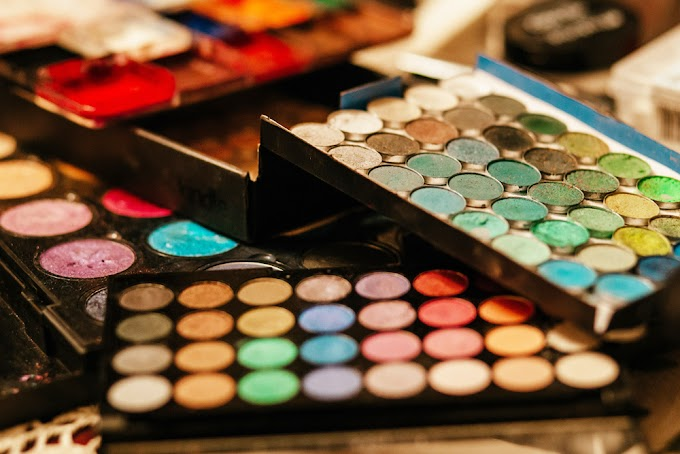The Pigments, The Colors, The Conservative Makeup Haul