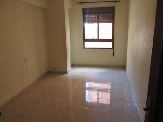 piso en venta avenida almazora castellon habitacion