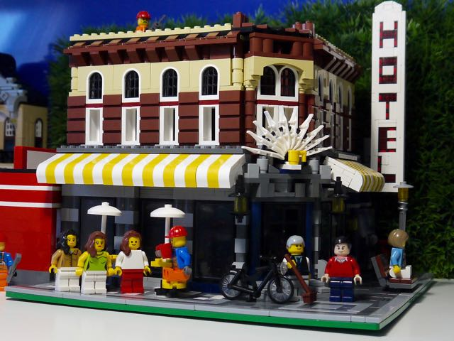 It's Not Lego!: Lepin 15002 Cafe Corner Updates and set Review