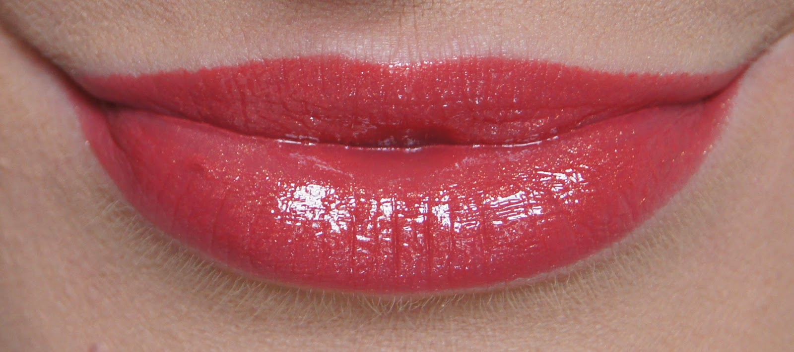 revlon colorburst lip butter macaroon swatch