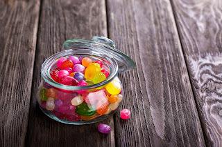 Comidas que dañan los dientes caramelos
