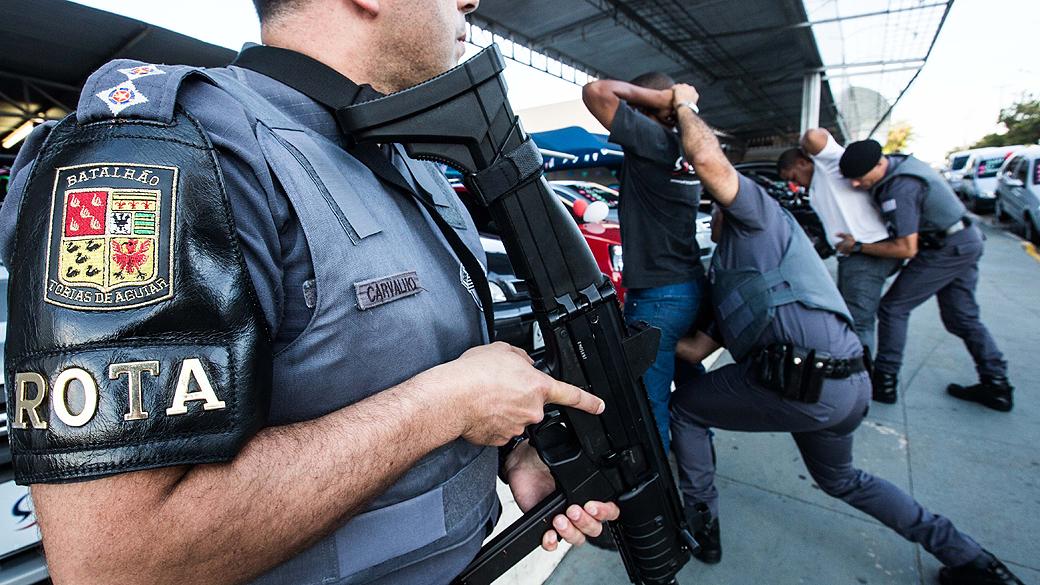 Estado de SP reduz roubos em geral, de veículo, a banco e de carga em outubro