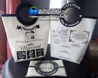 undangan pernikahan berbentuk tas