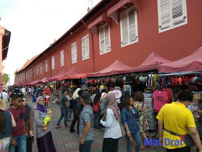 Bercuti Tempat Menarik Melaka Stadhuys Cenderamata  murah
