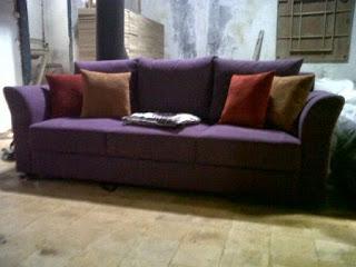 service dan ganti kain sofa 3 seater di bekasi