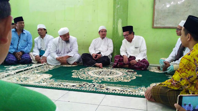Bantah Klaim Ansor, Ini Jawaban Keluarga Pondok Sarang Yang Mengundang FPI