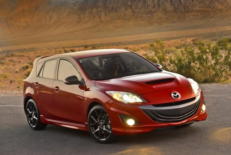 going its own way 2017 mazda 3 2 5l manual hatchback. Black Bedroom Furniture Sets. Home Design Ideas