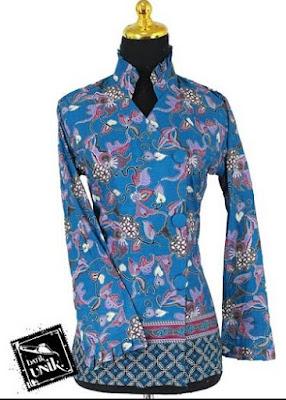 Model Baju Batik Kancing Samping Modern